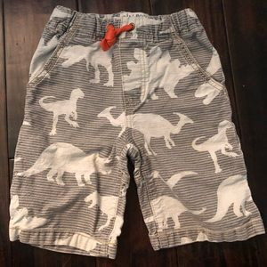 Mini boden dinosaur shorts 4